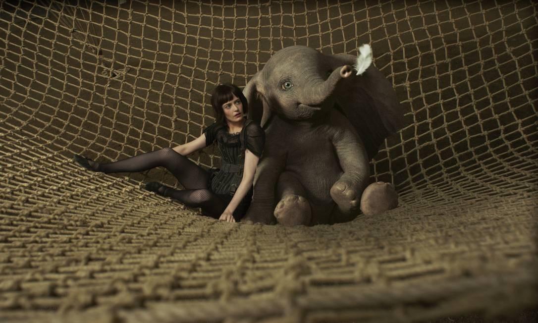 Dumbo: Adaptação da história do clássico personagem da Disney Dumbo, um elefantinho que pode voar.