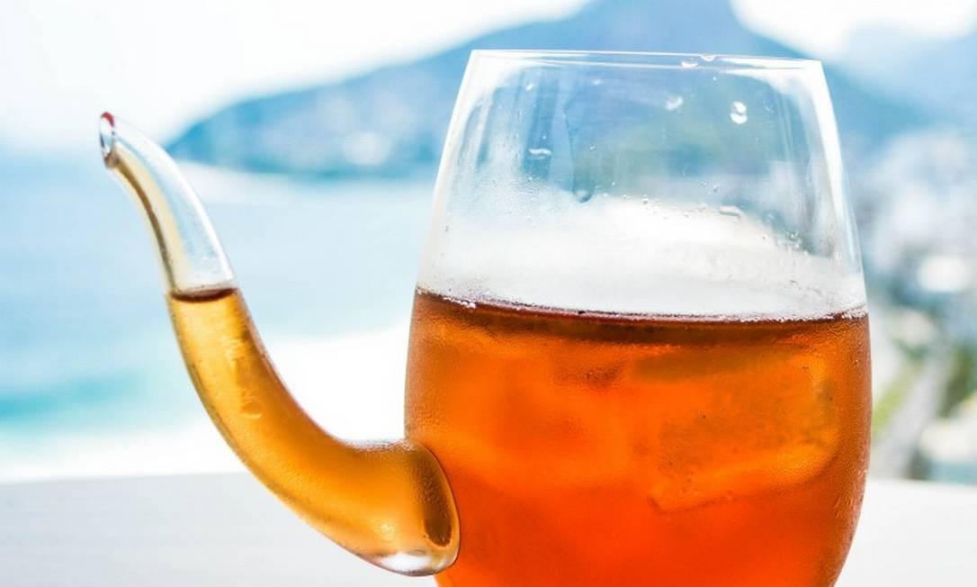 23 Ocean Lounge, no Sofitel Ipanema - Tea cocktail capim limão, limão siciliano e chá mate Foto: Divulgação