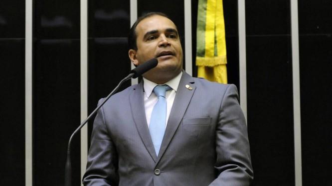 Delegado Marcelo Freitas (PSL-MG) na tribuna da Câmara Foto: Gilmar Felix/Agência Câmara