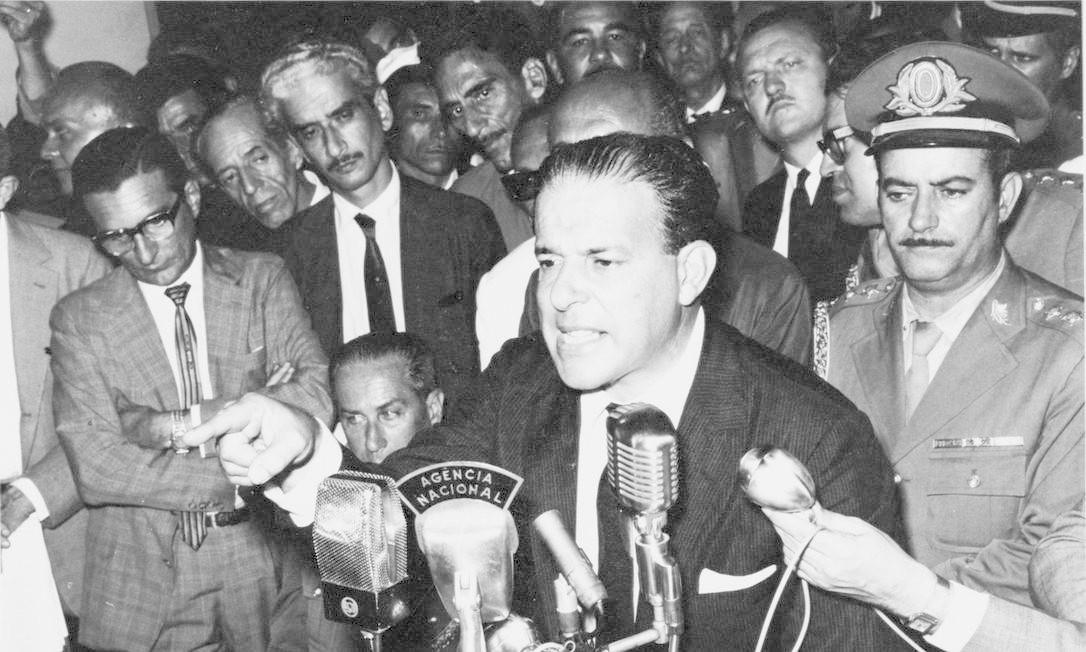 Em 30 de março, Goulart faz um novo discurso no Automóvel Clube, na véspera de sua derrubada Foto: Arquivo