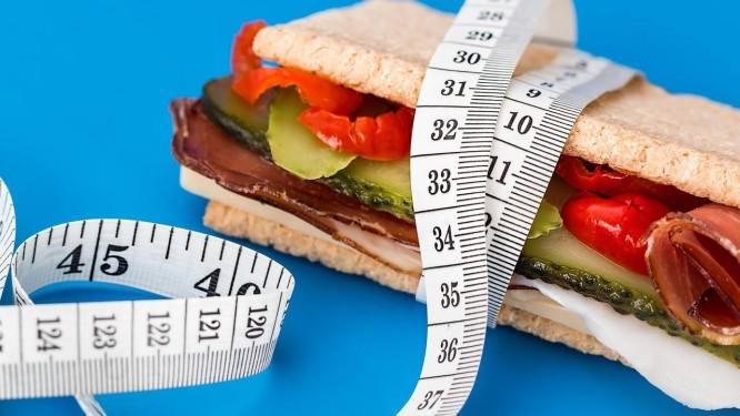 Estudo da Universidade do Colorado revelou que, após uma perda de peso substancial, é melhor fazer exercícios físicos do que fazer dieta para manter o peso mais baixo. Foto: Pixabay