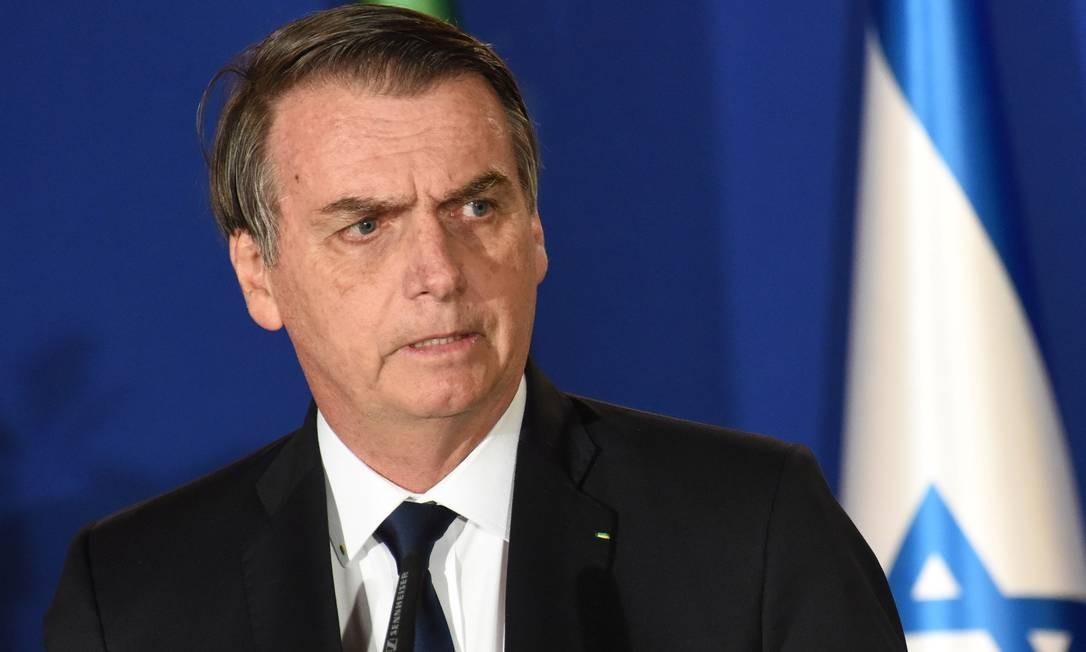 Bolsonaro ainda avisou que no momento de renovação dos contratos de rodovias concedidas, fará uma avaliação sobre a necessidade dos aparelhos já instalados Foto: POOL/REUTERS / REUTERS