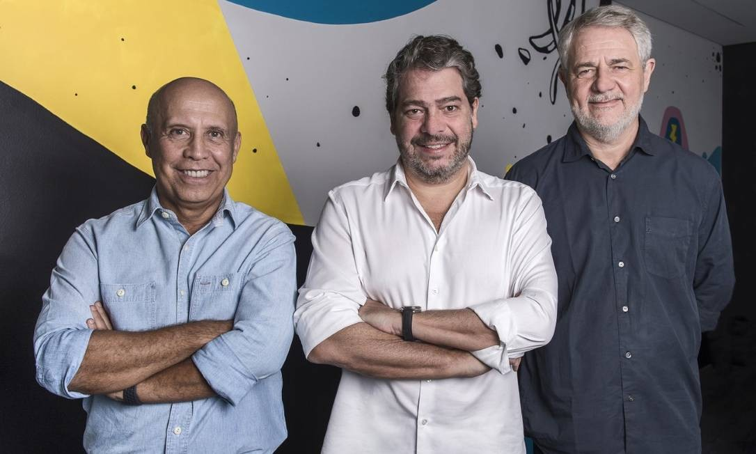 Grupo Globo. Jorge Nóbrega (à esquerda), com Eduardo Schaeffer e Carlos Henrique Schroder: 'media tech' Foto: Fábio Rocha/Globo/Divulgação / Fábio Rocha/Globo/Divulgação
