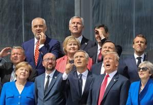 Membros da Otan lado a lado para fotos em sessão de abertura da cúpula da Otan em Bruxelas de 2018 Foto: Ludovic Marin / Reuters/11-07/2018
