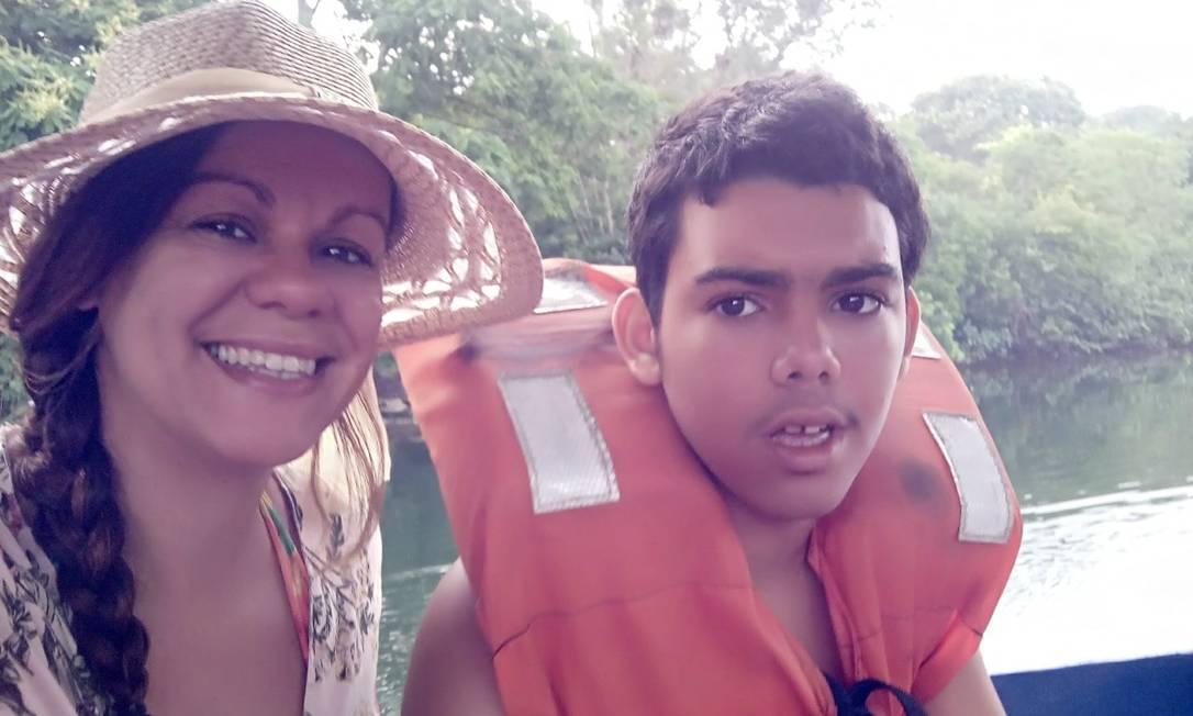 Antes de ser diagnosticado com Transtorno do Espectro do Autismo, Eron, agora com 15 anos, tinha sido apontado como surdo. Foto: Arquivo pessoal