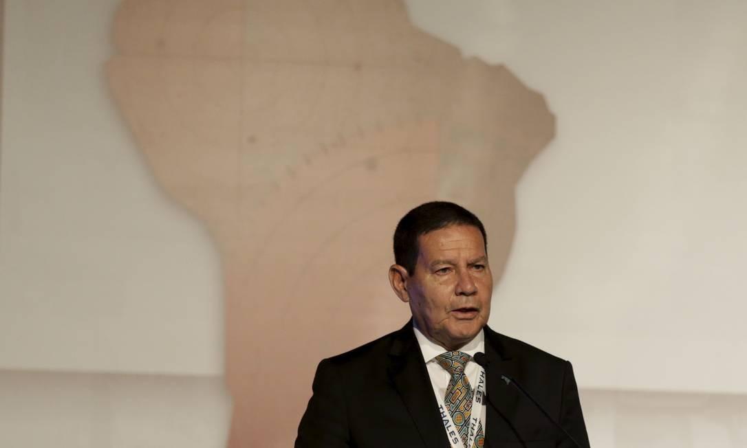 Mourão discursa na abertura da LAAD Defence & Security, maior feira de Defesa e Segurança da América Latina, que acontece no Riocentro Foto: Gabriel Paiva / Agência O Globo