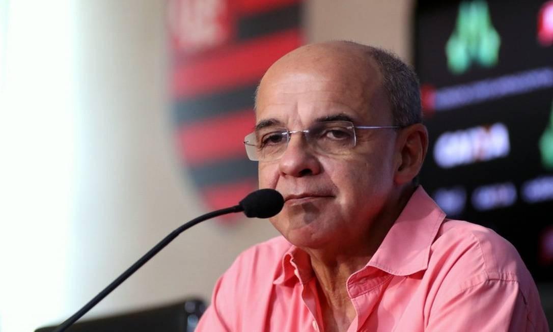 """Ex-presidente do Flamengo, Bandeira de Mello afirma ser contra volta dos treinos: """"Inoportuno"""""""