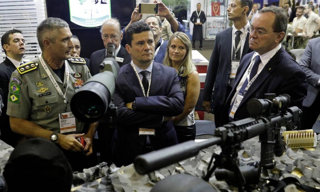 O ministro da Justiça Sergio Moro em feira de defesa e segurança no Rio Foto: RICARDO MORAES / REUTERS