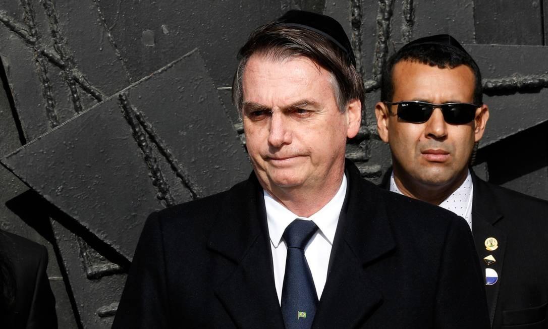 O presidente brasileiro, Jair Bolsonaro, deixa Israel nesta quarta-feira (3), encerrando sua visita oficial ao país. Durante a viagem, Bolsonaro anunciou a abertura de um escritório de representação brasileira em Jerusalém, reforçando os laços com o país Foto: GALI TIBBON / AFP