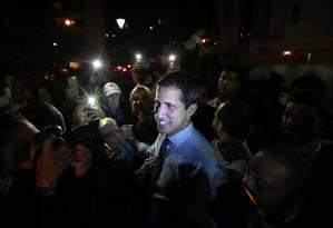 O líder opositor Juan Guaidó, durante coletiva em Caracas Foto: IVAN ALVARADO / REUTERS