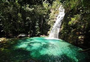 Cachoeira Santa Bárbara é administrada por quilombolas Foto: Reprodução