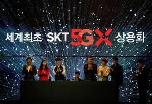 Park Jung-ho, presidente executivo da SK Telecom, em evento de lançamento da rede nacional de 5G para smartphones, em Seul REUTERS/Kim Hong-Ji Foto: Kim Hong-Ji / Reuters