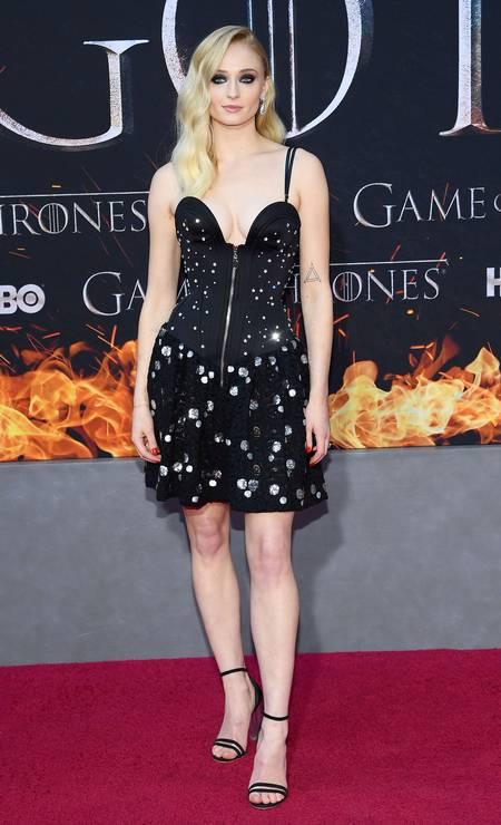 A atriz Sophie Turner, que vive Sansa Stark na trama Foto: Dimitrios Kambouris / AFP