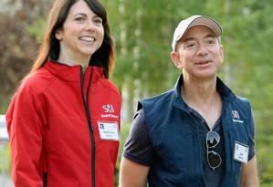 MacKenzie e Jeff Bezos: divórcio bilionário. Foto: KEVORK DJANSEZIAN / AFP