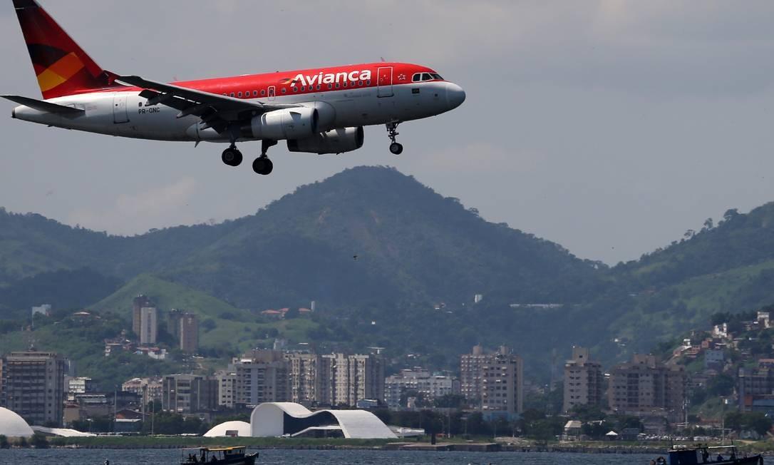 Procons querem que garantia de direitos dos consumidores faça parte de plano de recuperação judicial da Avianca Foto: / SERGIO MORAES/REUTERS/03-04-2019