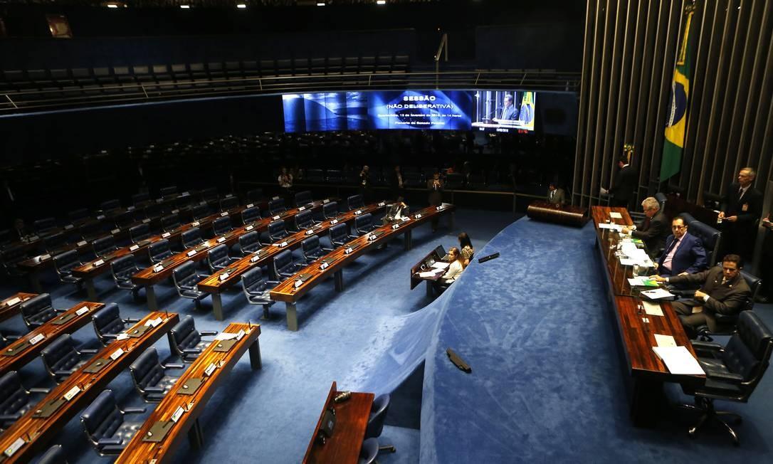 Número de mulheres trabalhando no Senado vem diminuindo nos últimos anos Foto: Jorge William / Agência O Globo