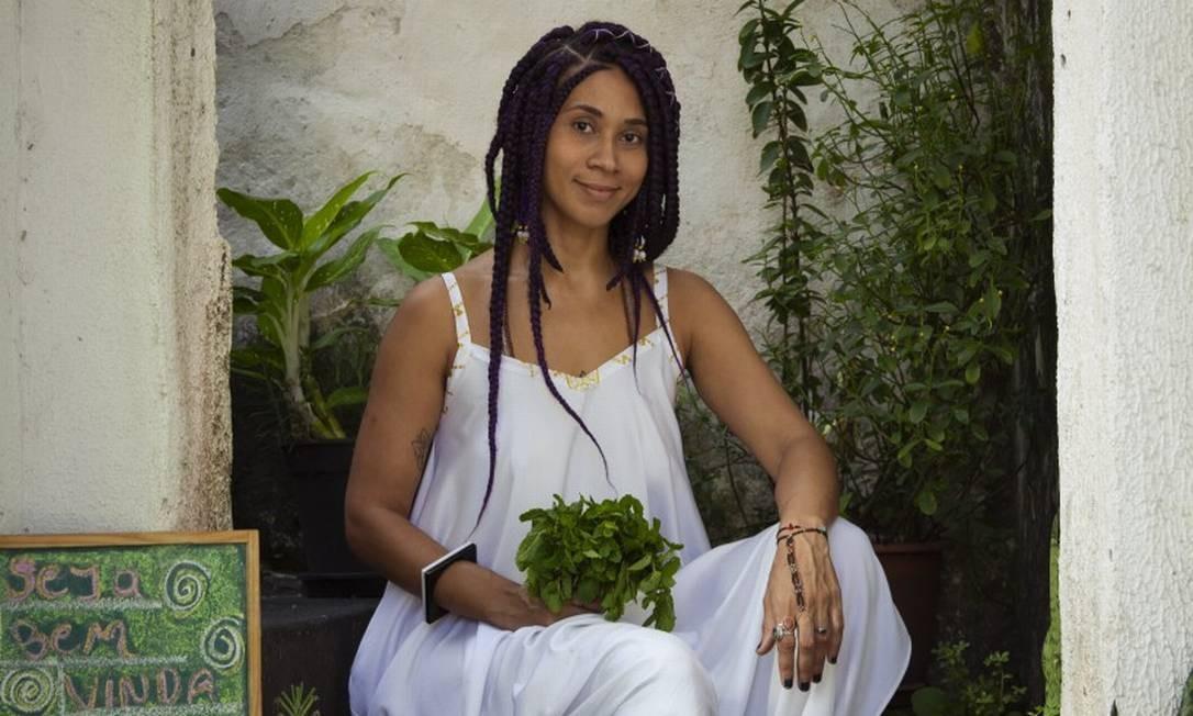 Laura Pitangui em seu espaço, na Glória Foto: Leo Martins / Agência O Globo