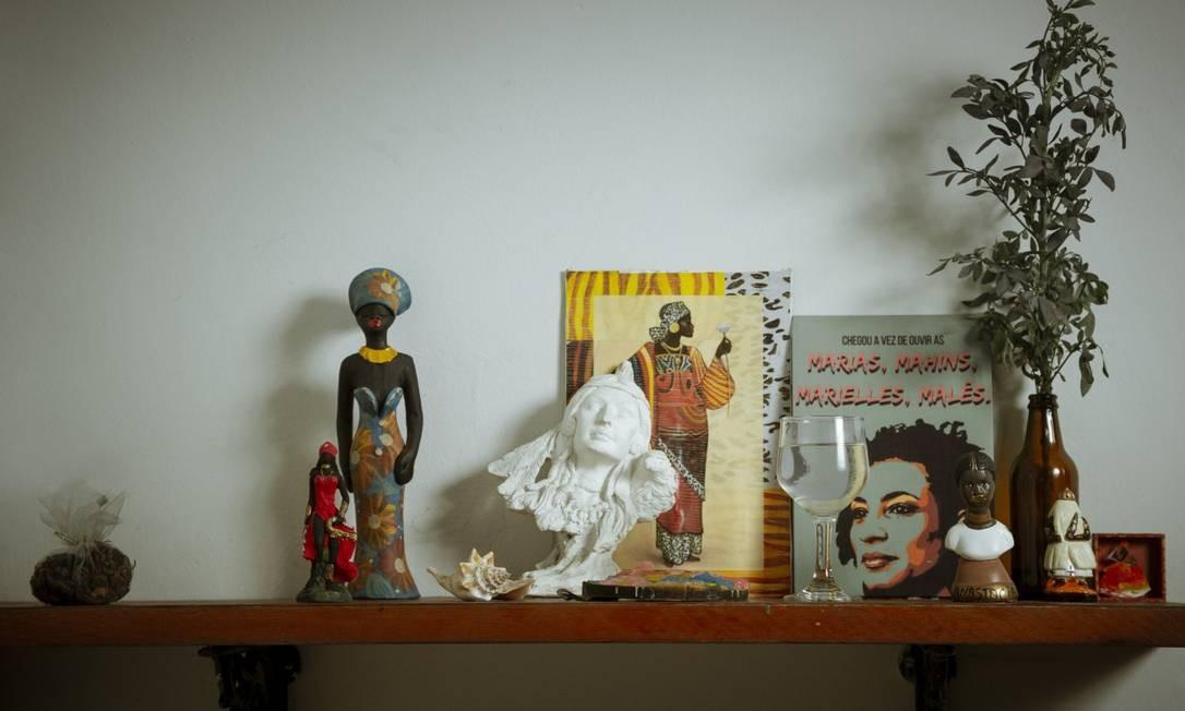 Ancestralidade é lembrada na ambientação da casa Foto: Leo Martins / Agência O Globo