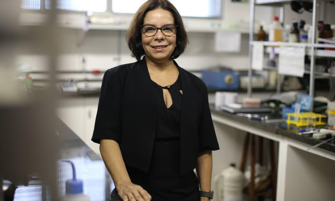 A biofísica Denise Pires de Carvalho, vencedora da eleição para reitoria da UFRJ Foto: Pedro Teixeira / Agência O Globo