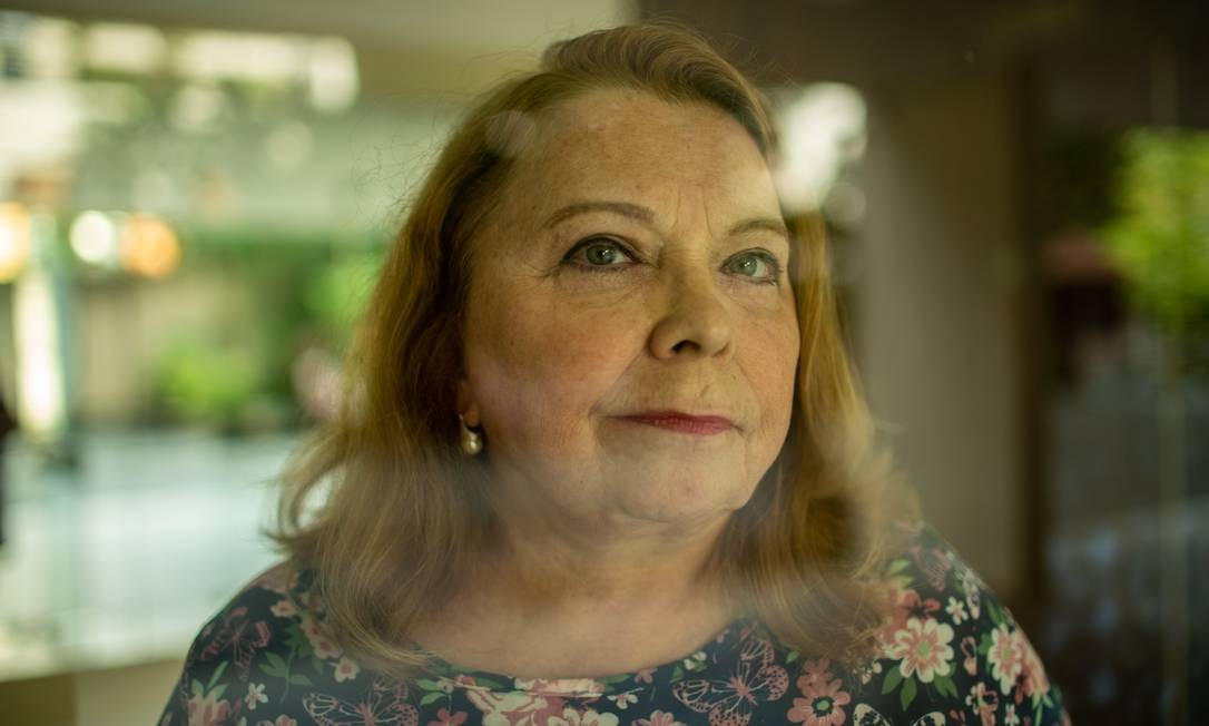 Longa espera. Maria Carolina, engenheira aposentada, aguarda desde outubro o pagamento da indenização por perdas no Plano Collor 2 Foto: Brenno Carvalho