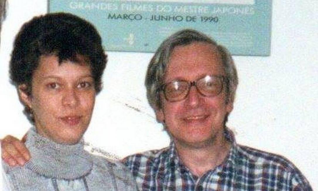 Heloísa e o pai, Olavo de Carvalho, em foto dos anos 90.
