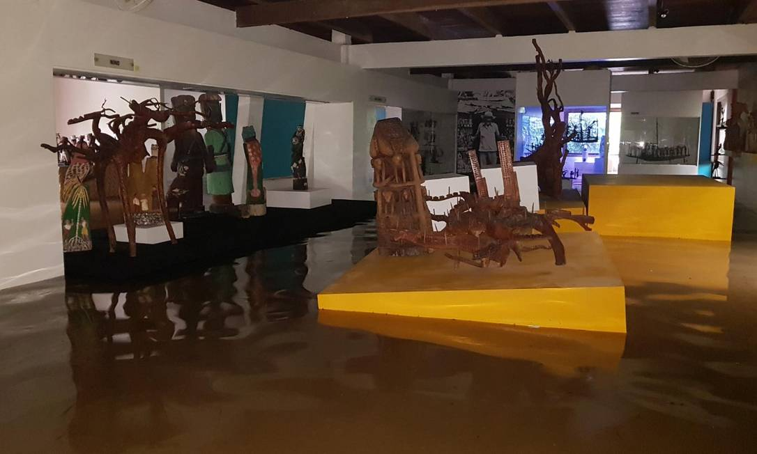 Estrago no Museu Casa do Pontal, no Recreio Foto: Reprodução