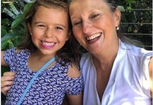 Lucia Neves e a neta Julia Neves Aché Foto: Reprodução
