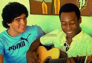 Entre provocações saudáveis, Pelé e Maradona mantêm amizade Foto: Facebook / Diego Maradona