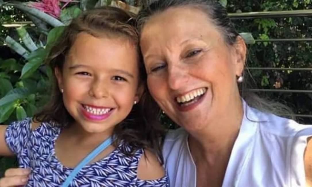 Júlia e a avó, Lucia Foto: Facebook / Reprodução