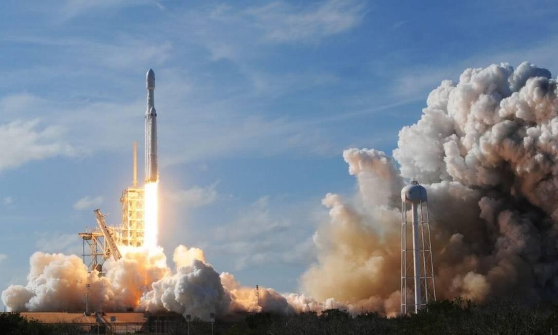 O Falcon Heavy é o mais poderoso foguete espacial em operação Foto: Bloomberg