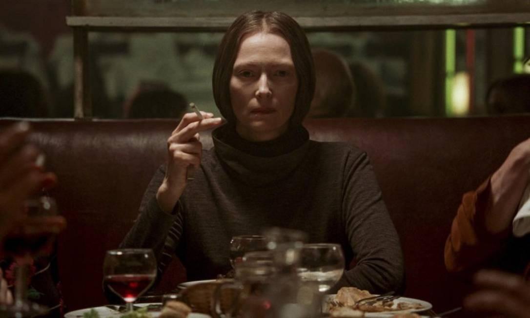 Tilda Swinton está no elenco do filme de terror 'Suspíria — A dança do medo' Foto: Divulgação