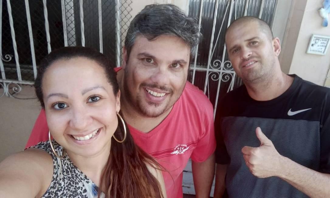 """Thaís Ribeiro, Bruno Castanha e Leandro Menezes, criadores do canal """"Ninja, o sincero"""" Foto: Arquivo pessoal"""
