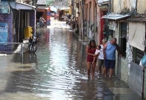 Rio das Pedras sofre com problemas de drenagem a cada vez que chove no Rio; obra está parada Foto: Fabiano Rocha / 07-02-2019 / Agência O GLOBO