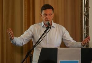 Crivella deu cargos de alto escalão ao Partido Progressista Foto: Guilherme Pinto / Agência O Globo