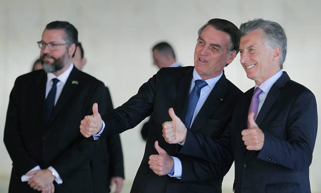 Presidente Jair Bolsonaro ao lado do presidente da Argentina, Maurício Macri, no Palácio do Itamaraty Foto: Jorge William / Agência O Globo