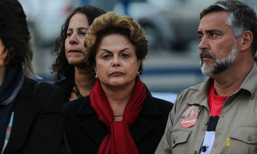 A ex-presidente Dilma Rousseff em Curitiba (PR) Foto: Geraldo Bubniak / Agência O Globo - 11-09-2018