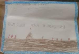 Em uma das cartas, Ana Clara, de 7 anos, pede que os bombeiros achem seu pai Foto: Divulgação