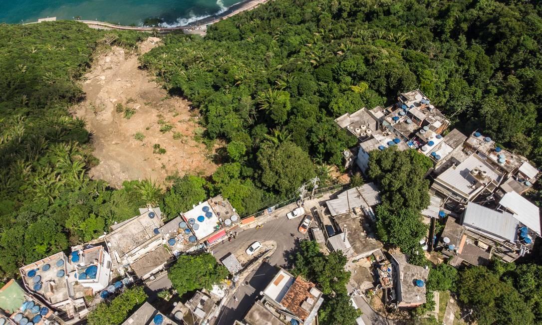 Em meio ao aumento de demanda por vistorias depois do temporal de segunda-feira, a Defesa Civil da prefeitura do Rio convive com um problema Foto: Brenno Carvalho / Agência O Globo