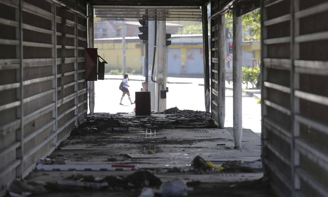 EC Rio de Janeiro (RJ) 11/04/2019 Raio X dos problemas de Infraestrura no Brasil. Na foto, estação abandonada Cezarão II do BRT Transoeste. Foto de Márcia Foletto / Agência O Globo Foto: Márcia Foletto / Agência O Globo