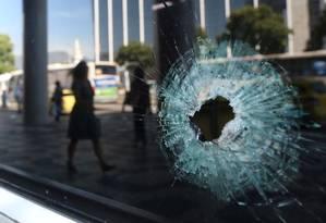Mortes provocadas por policiais cresceram mais do que o dobro em cinco anos no Rio; estado foi o que mais perdeu agentes Foto: Fabiano Rocha / Agência O Globo