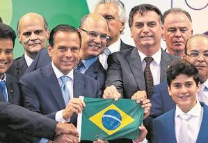 O presidente Jair Bolsonaro prometeu socorro aos estados no Fórum de Governadores, em 2018, em Brasília Foto: O Globo / Jorge William/14-11-2018