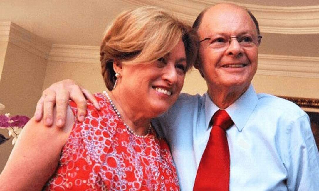 O bispo Edir Macedo ao lado da mulher, Ester Eunice Rangel Bezerra Foto: Reprodução / Universal do Reino de Deus