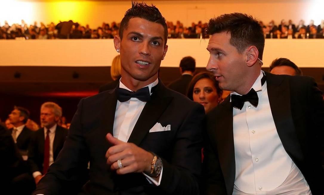 Juve de Ronaldo e Barcelona de Messi jogam amanhã Foto: Alexander Hassesnstein