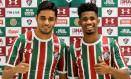 O meia Leo Artur e o atacante Ewandro foram apresentados ontem pela diretoria tricolor Foto: Lucas Merçon/Fluminense FC