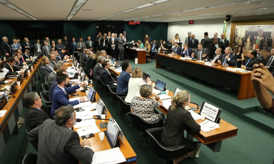 Debate sobre reforma da Previdência na Comissão de Constituição e Justiça (CCJ) da Câmara Foto: Jorge William / Jorge William