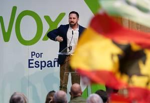 Candidato presidencial pela legenda Vox, Santiago Abascal discursa em comício em Burgos Foto: CESAR MANSO 14-04-2019 / AFP
