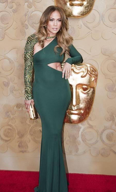 O look Pucci usado no Bafta de 2011 é considerado um dos maiores acertos de J.Lo Foto: Pool / Getty Images
