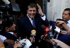 Ex-presidente do Peru, Alan García chega para depor no caso Odebrecht, em Lima, em abril de 2017. Foto: Guadalupe Pardo / REUTERS