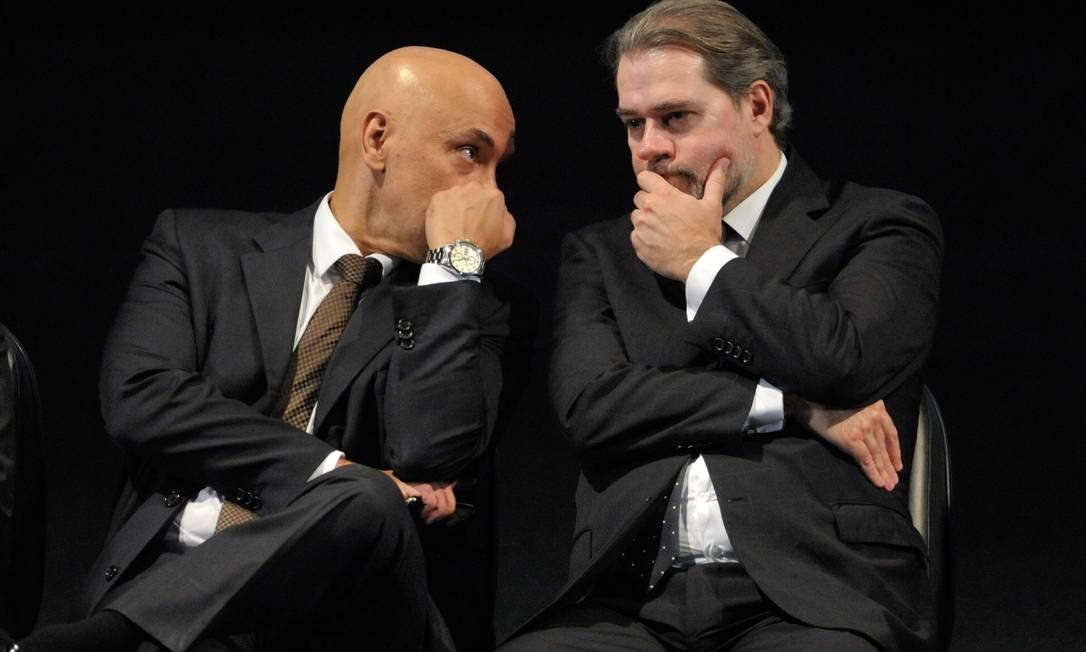 Os ministros do STF Alexandre Moraes e Dias Toffoli Foto: Fabio Rodrigues Pozzebom / Agência O Globo