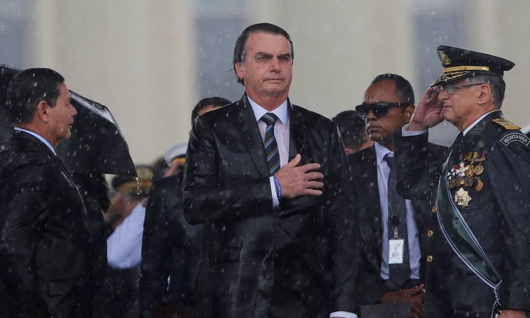 Presidente Jair Bolsonaro durante comemoração do Dia do Exército Foto: ADRIANO MACHADO / REUTERS